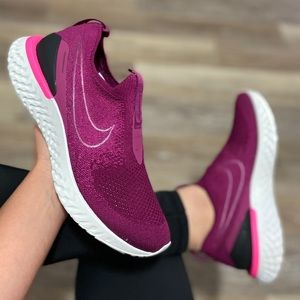 NEW Nike Epic Phantom React Flyknit